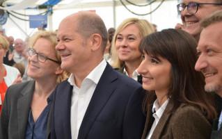 Natasche Kohnen, Olaf Scholz, Bela Bach, Markus Rinderspacher und Klaus Korneder