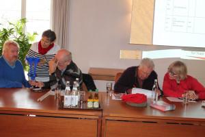 Termine wurden abgestimmt: Wolfgang Hillner, Monika Mallinowski, Georg Obermeier, Horst Wiedemann und Ulrike Holtappel