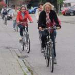 Bürgermeisterin Gabriele Müller radelt