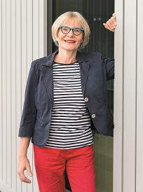 23. Ulrike Holtappel